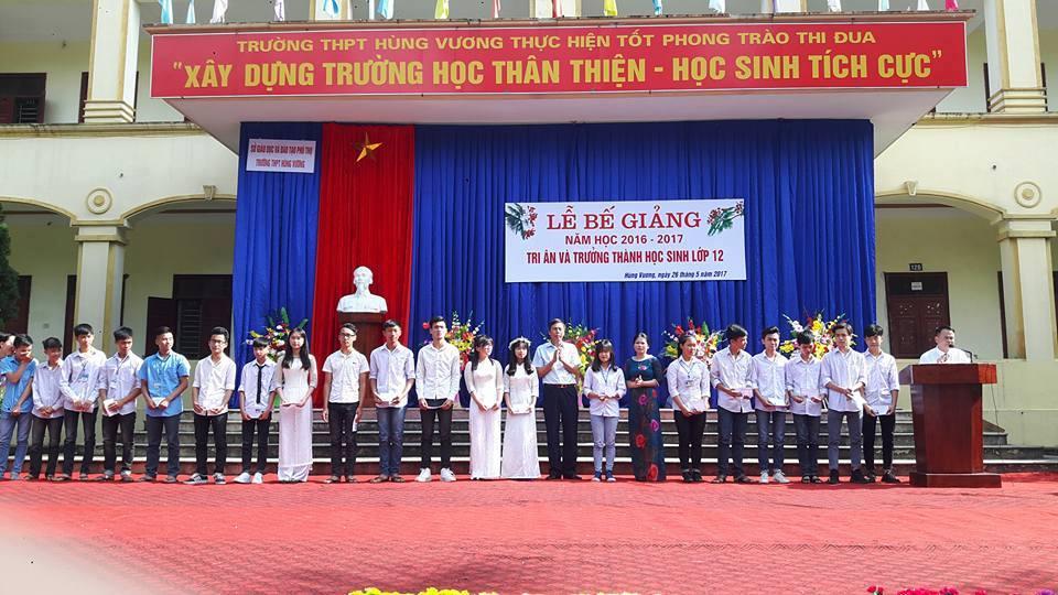 THPT Hùng Vương vinh danh học sinh giỏi
