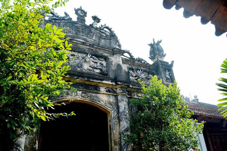 Nét cổ kính đình Hùng Lô, Việt Trì