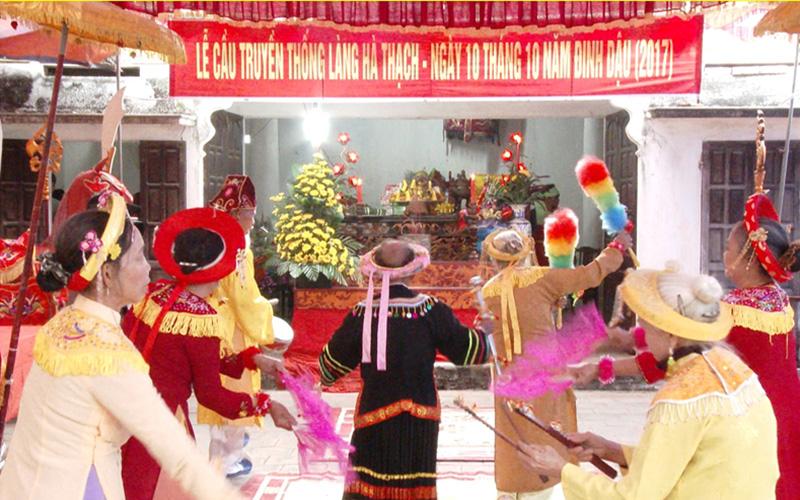 Lễ cầu truyền thống tại làng Hà Thạch, thị xã Phú Thọ
