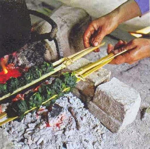 Rêu đá nướng - Món ngon tại Thanh Sơn, Phú Thọ