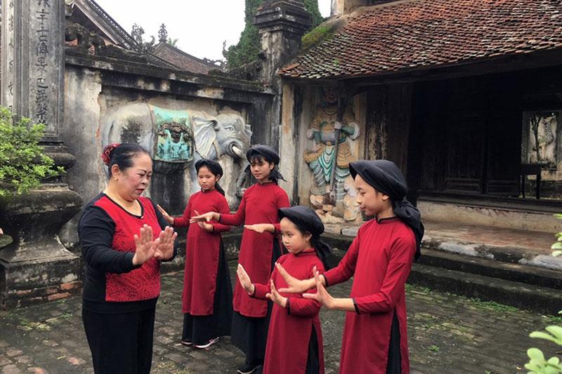Nguồn gốc của nghệ thuật hát Xoan qua lời kể của bà trùm Xoan cổ