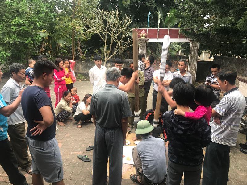 Thiêng liêng tục giã bánh dày dâng nữ tướng ở Phú Thọ
