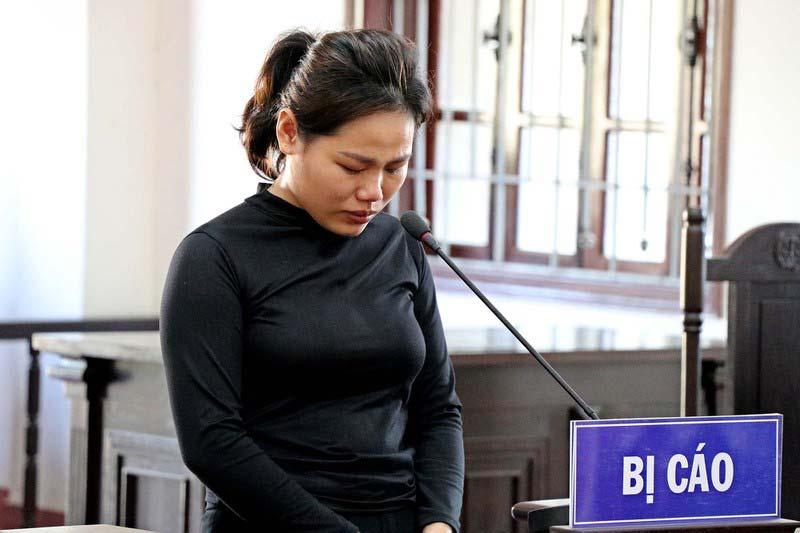 Bị cáo Hồ Thị Thùy lĩnh án 5 năm tù.