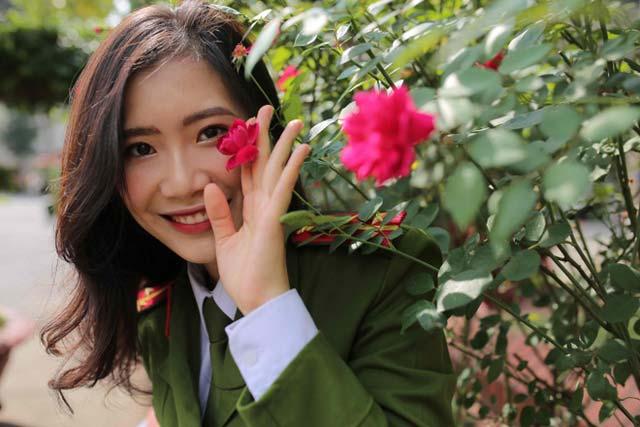 Nữ sinh Phú Thọ tốt nghiệp xuất sắc Học viện Cảnh sát được thăng hàm vượt cấp